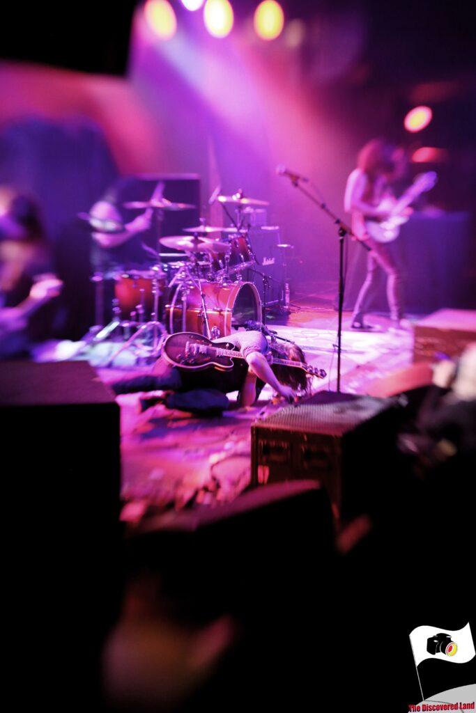 Motorowl live on Stage
